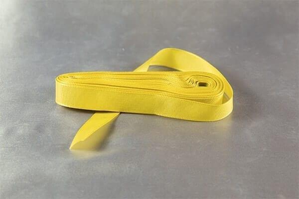 Žlutá taftová stužka