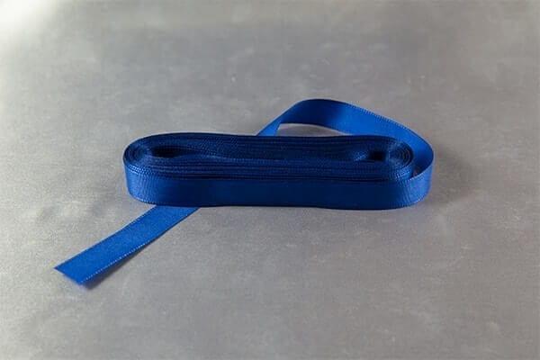 Tm.modrá taftová stužka
